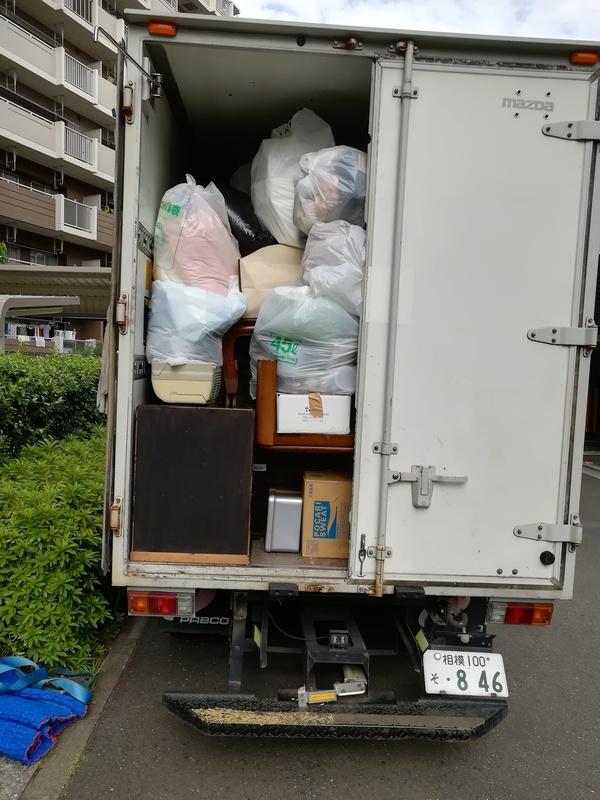 横浜市港北区にて、セミダブルベッドやタンスの回収をしましたのサムネイル