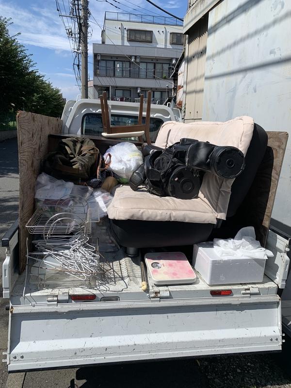 東京都板橋区にてソファーベッド、テーブル、ゴルフバッグなどを回収しましたのサムネイル