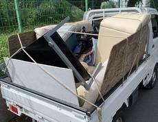 川崎市幸区でテーブルやソファー、布団などの回収をしました