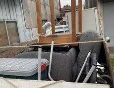 鎌倉市で冷蔵庫やソファー、テーブルなどの回収をしました