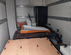 東京都渋谷区にてシングルベッドや冷蔵庫、小型家電などの回収をしました