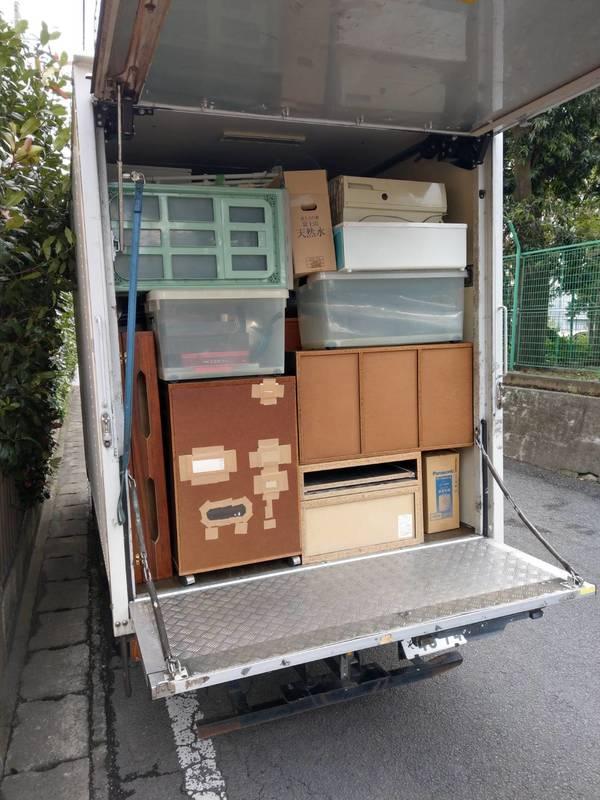 川崎市高津区で、タンスや布団、テーブルなどの回収をしましたのサムネイル