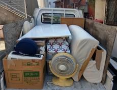 川崎市川崎区にてテーブルやソファー、衣装ケースなどの回収をしました